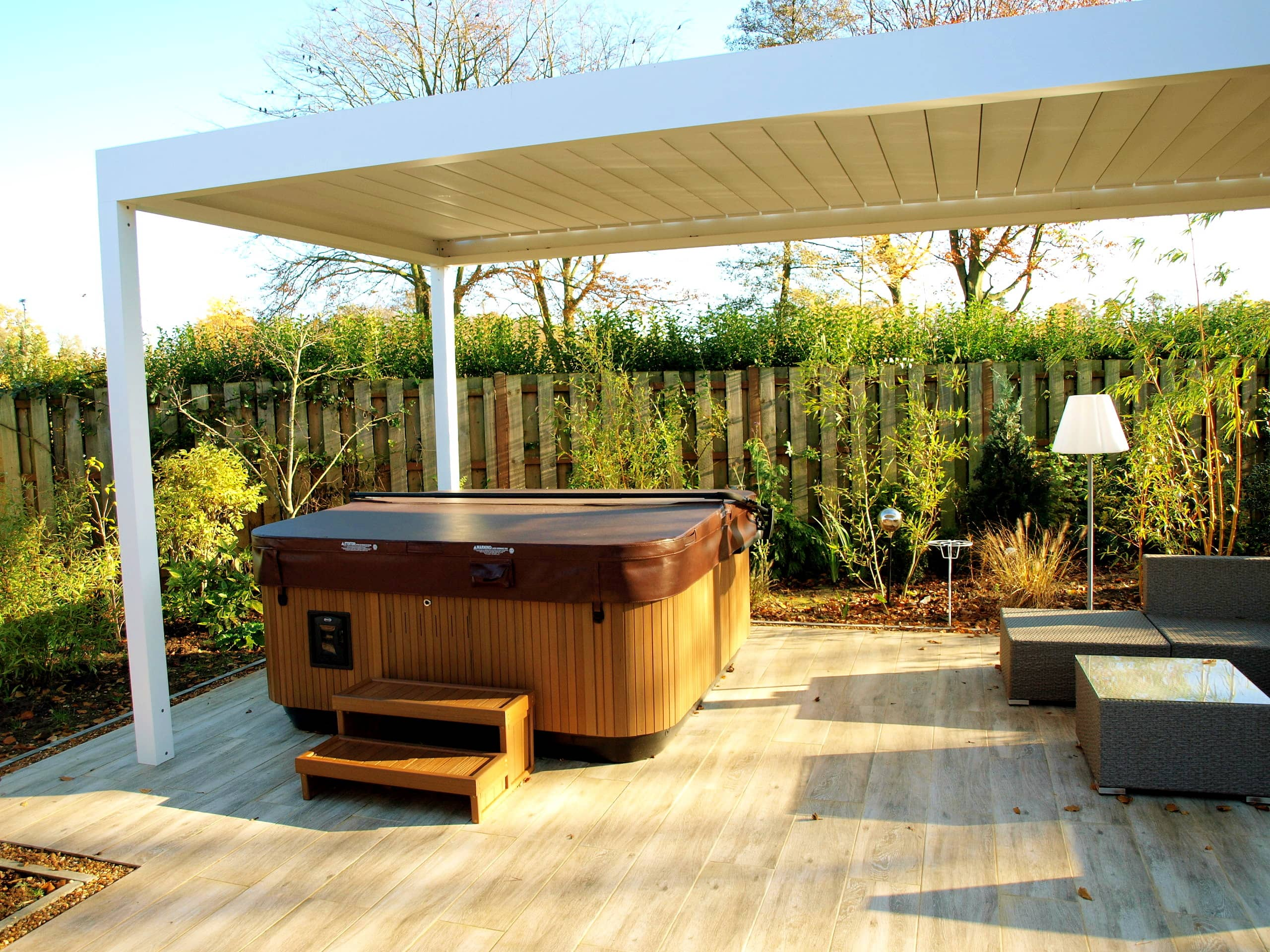 LOUVRED CANOPY OVER HOT TUB - KINGS LYNN | Retractable ...